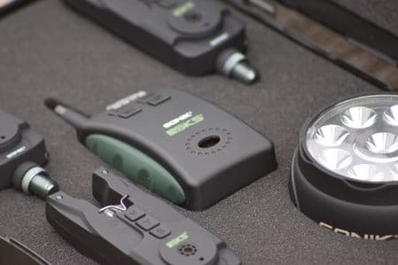 Sonik SKS 3 Alarms and Reciever Set in Presentation Case With Synchronised Bivvy Light